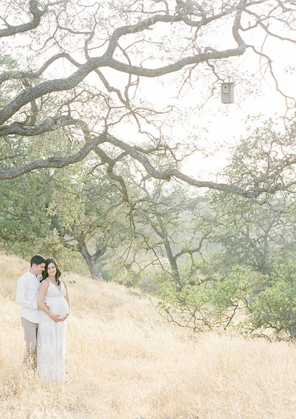 Lea & Kevin – Fall Maternity Session On Film